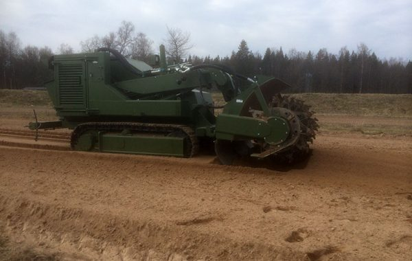 A75T (SDZ) for French Army Engineers on tests at SWEDEC